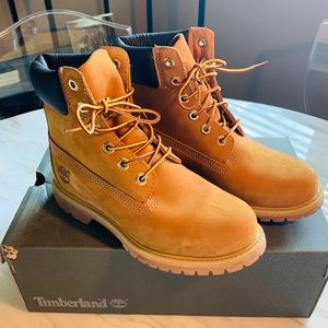 Timberland Waterproof Leather Boot. SZ 7.